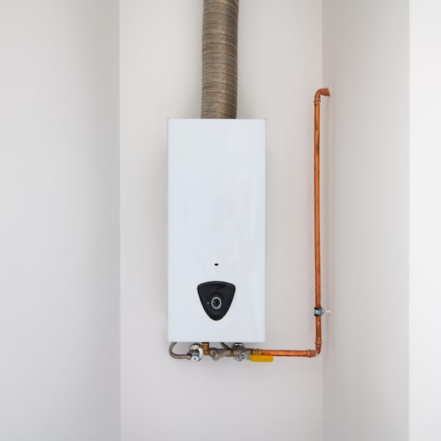 Mantenimientos de termos eléctricos en Valencia Fon2